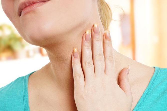 Tiroide: i sintomi a cui prestare attenzione