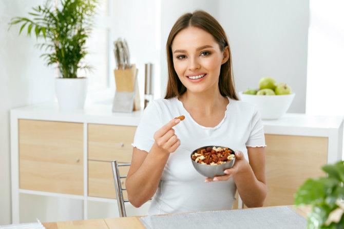 Perché mangiare frutta secca fa bene alla salute