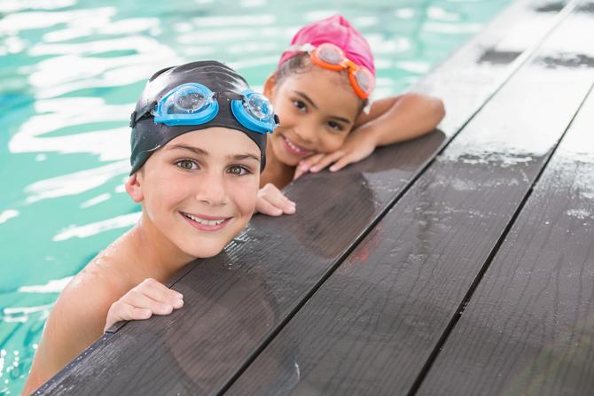 benefici del nuoto per bambini